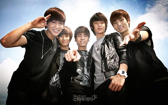 **GRUPO:--+Shinee+--** Shinee-9